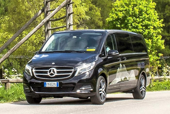 Taxi & Shuttle: Car hire in South Tyrol | Italy - Holzer